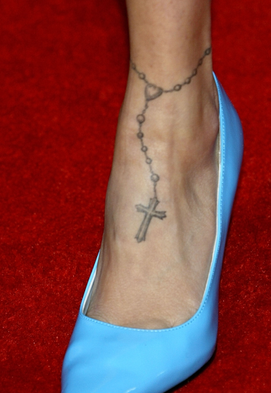 aniston foot 36 other