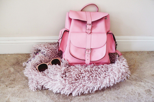 Pink...Pink...Pink..!