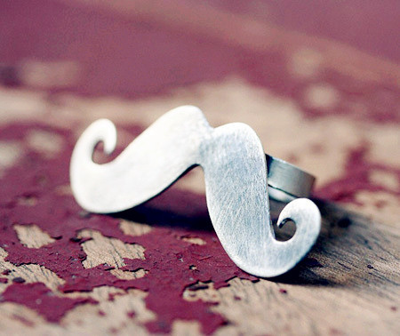 Vintage_20mustache_20ring-f20038_large