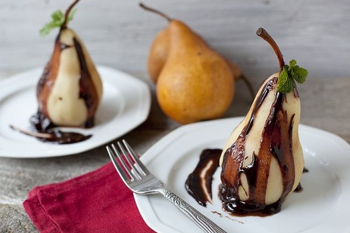 011212poached-pears-chocolate-ganache-600x400_large