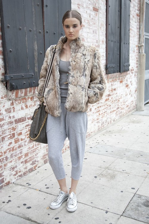 La-modella-mafia-model-off-duty-street-style-fur-and-sweats-via-wwd_large