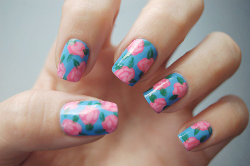 Flower-hand-nails-pretty-beautiful-sexy-favim.com-340920_large_large