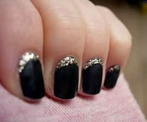 Reverse-french-manicure-glitter_large