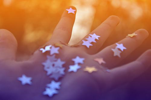 Estrelas-na-mao_large