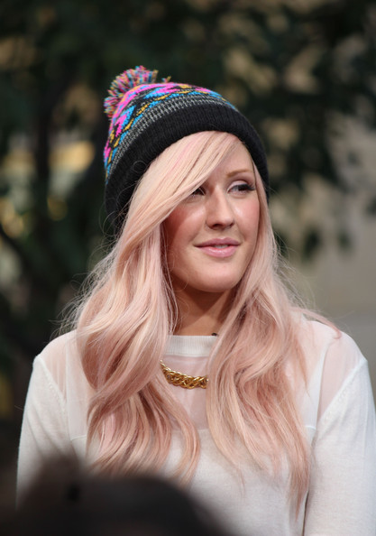 Ellie_goulding_celebrities_stop_extra_vtlzqrltu8kl_large
