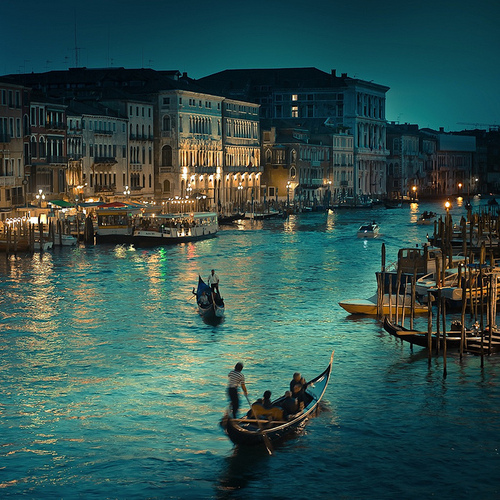 Cuba Gallery: Italy / Venice / Rialto Canal / natural light / vintage / photography | Flickr - Photo Sharing!