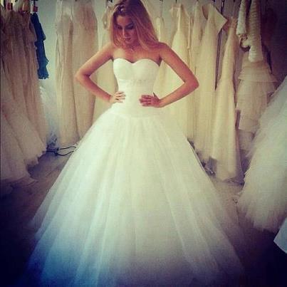 7dd2558988 fantasztikus esküvői ruha*-* gyönyörűű*--*