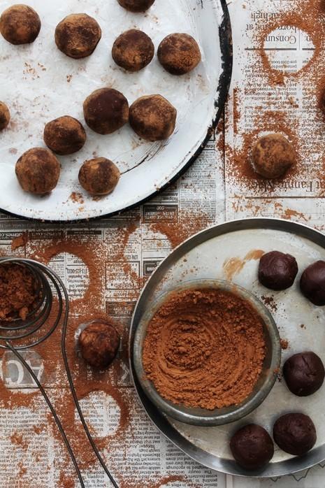 Suloiset suklaatryffelit