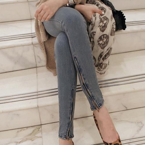 Korean Fashion TRENDer: [Miamasvin] Side Zip Skinny Jeans by