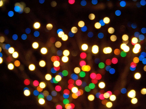 Out-of-focus-christmas-lights_large