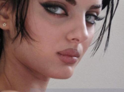 صور الفتاة الفائقة الجمال_اجمل امراة بالعالم Tumblr_meg4svIaQ21qdziivo1_500_large