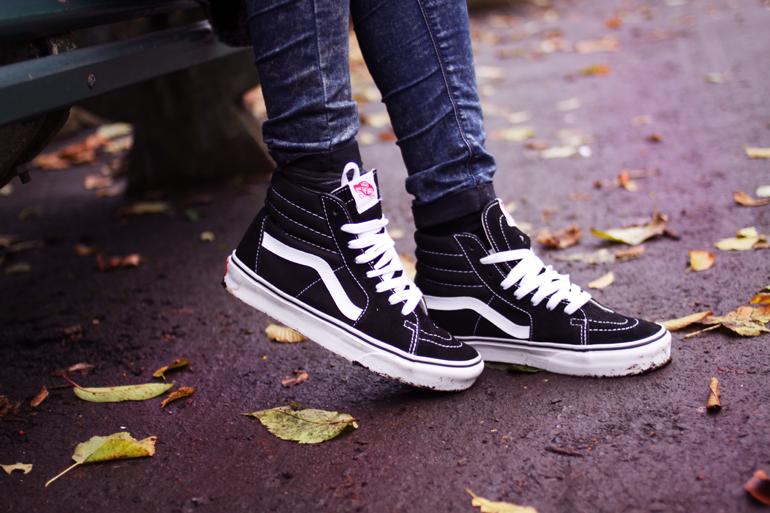 「VANS hi-top sneakers black」的圖片搜尋結果
