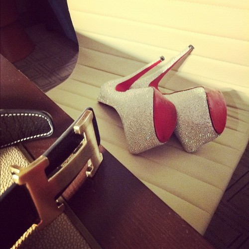 Swarovski-belt-christian-louboutin-girly-favim.com-577978_large