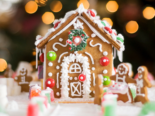 Gingerbreadhouse-405cef2a88eeefb2b5b134b61f159eb0f8267fc7-s4_large
