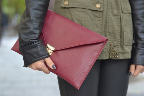 Cartera_oxblood_large