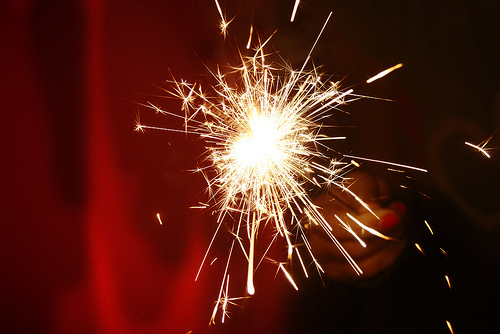 Sparklers-beautiful-light-cozy-lovely-favim.com-574884_large