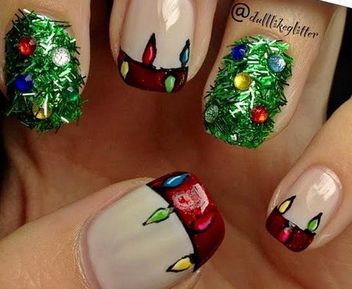 Christmas-tree-nails_look_5d2792430e69b8eeb97106f3860a4e83_look_large