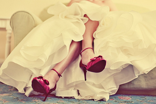 Photo,heels,dress,red,shoes,wedding-11c6ec1a8f5b792a7af1e833d9d9bbf3_h_large