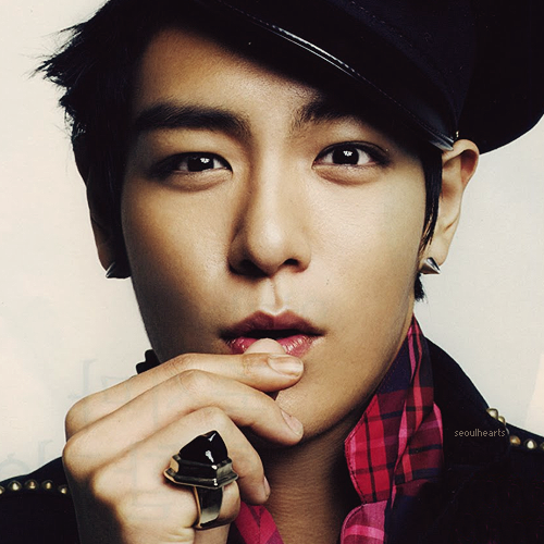 http://data.whicdn.com/images/47023913/TOP-top-from-big-bang-32703229-500-500_large.png