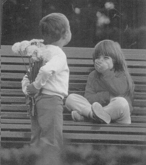 Black-and-white-children-children-love-childrens-love-favim.com-597361_large