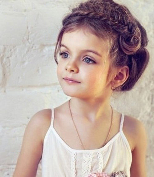 girls hairstyles photos pictures images: Cute Little Girl Hairstyles