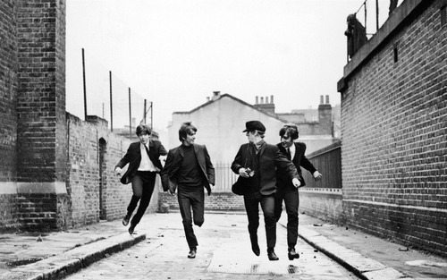 The_beatles_running-lomo_style_photography_works_desktop_1680x1050_large
