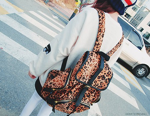 Backpack-cute-leopard-photography-street-favim.com-247299_large