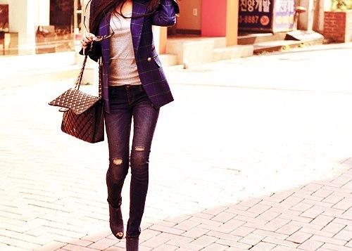 Fashion World...[3]