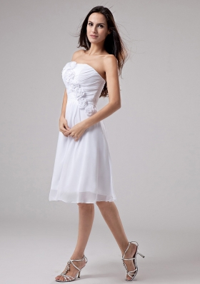 Hand Made Flowers Chiffon A-Line Strapless Knee-length Prom Dress White - US$145.69