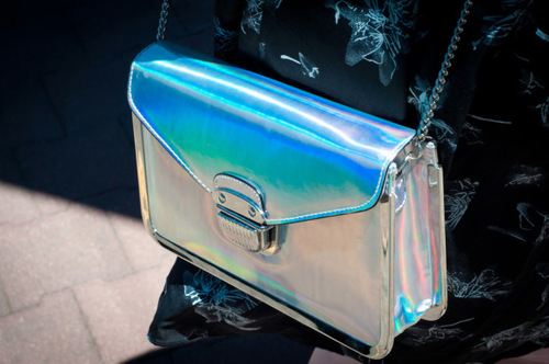 Holographic-bag_large