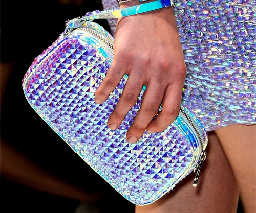 Holographic-style-trend_large