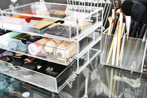 Inspiration  Make up Storage   Make Me Blush