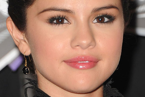 Make-selena-gomez-c_c3_adlios-3_large