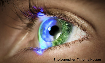 Future-futuristic-innovega-ioptik-the-contact-lenses-3d-screens-on-sale-in-2014-1_large
