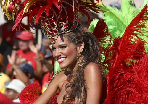 Barranquilla-colombia-carnival_large