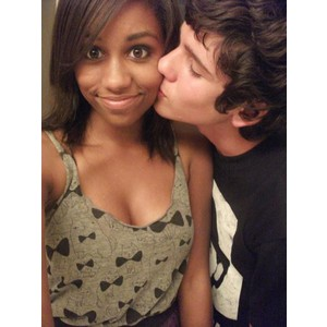 interracial dating sites for young adults Interracial dating 10 things not to do when dating a black woman as long as your are happy and comfortable together be careful of racial ribbing begin with a good compliment when dating.