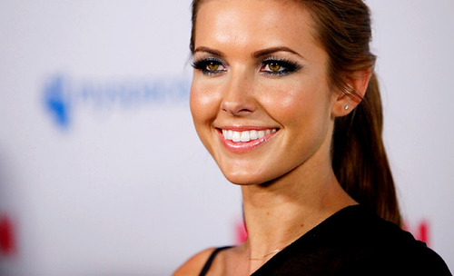 01_audrina_patridge_large