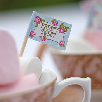 Normal_english_tea_party_canape_flags_the_wedding_of_my_dreams_2_large
