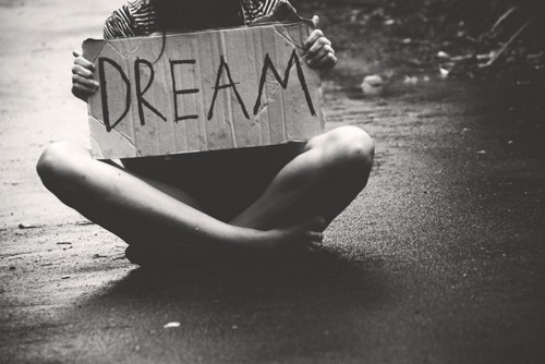 Dream-black-and-white-hippie-favim.com-630158_large