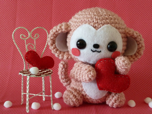 Valentines-day-monkey-amigurumi-21_large