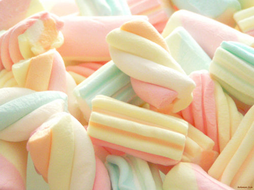 Sugar-lips-candy-sweet_large