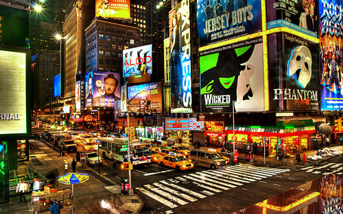 Times-square-at-night-hd-widescreen-wallpapers_large