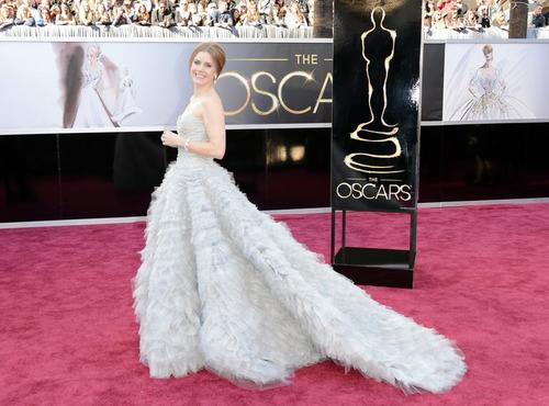 Img-486356-amy-adams-com-look-oscar-de-la-renta20130224201361748363_large