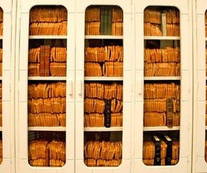 bread bookcase