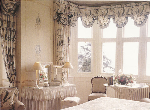 Victoria_romantic_window_style_by_alexandra_parsons_large