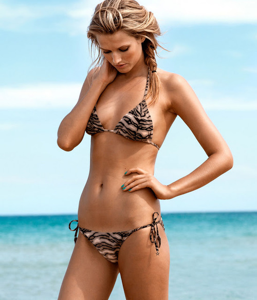 Toni_garrn_for_hm_swimwear_collection_ss_2013-013_large