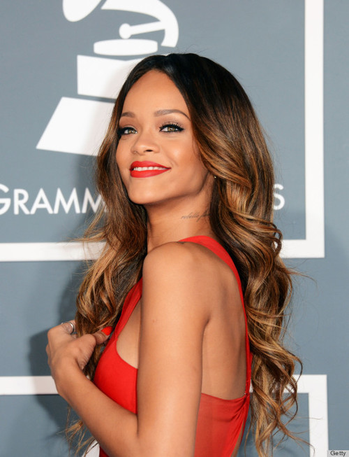 Rihanna-red-dress-red-carpet-grammy-2013_large