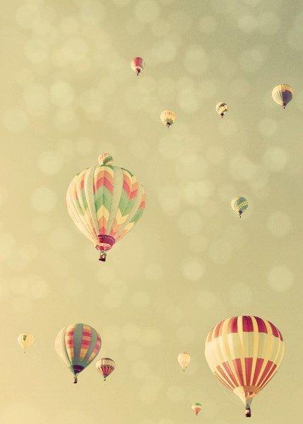 Pastel-hot-air-balloon_large