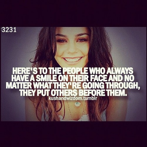 Vhud-tis vanessa hudgens ashley tisdale gym buddies 10