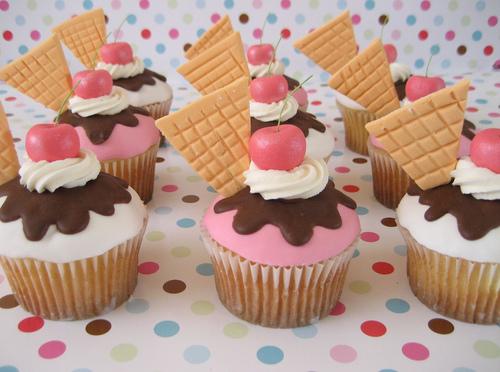 Cupcake-11_large